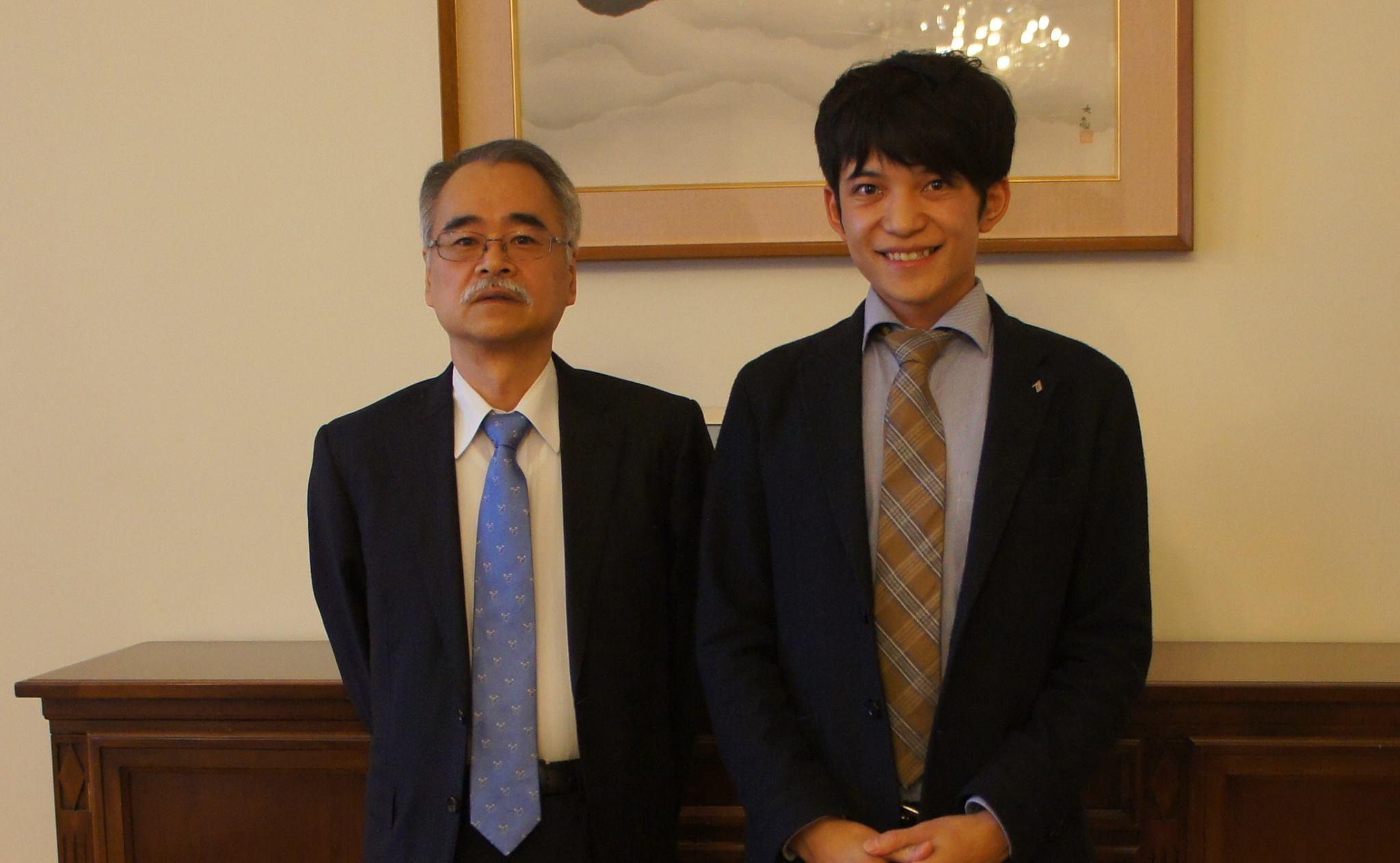 サンクトペテルブルグ日本総領事館 山村総領事より夕食のご招待をいただきました。